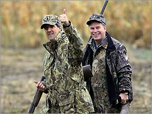 13_2_102104_kerry_hunting.jpg