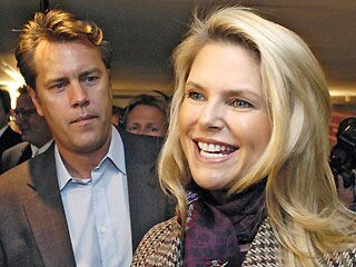 Christie Brinkely (r) and ex-husband David Cook before their divorce