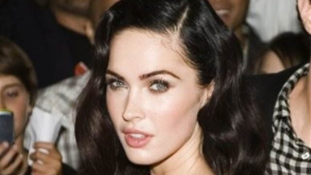Megan Fox Says She's Bisexual … But Had Problems Making Out With Amanda ...