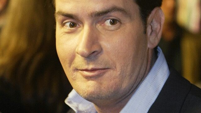 charlie sheen six pack abs. Title:Charlie Sheen Reveals
