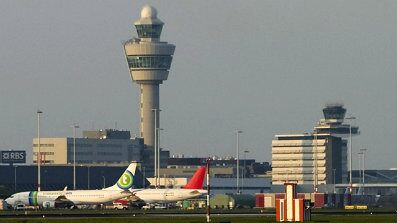 Two Men Arrested on Terror Suspicion on Flight From Chicago to Amsterdam